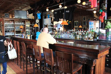 file sidetrack bar grill bar area jpg wikimedia commons