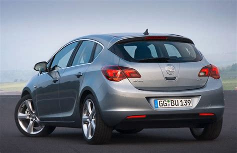 Opel Astra 2010 by Opel Astra Hatchback 2010 2012 Reviews Technical Data