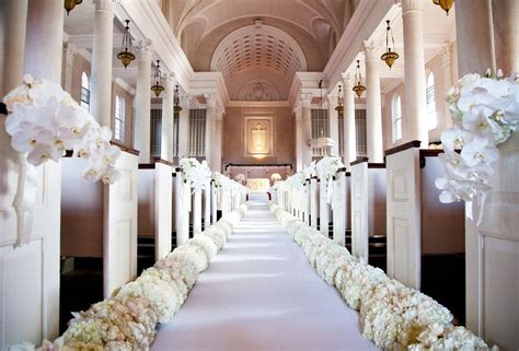 Wedding Aisle Lined With Flowers by 12 Gorgeous Wedding Flower Ideas You Ll