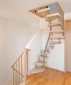 treppen zum dachboden kenngott treppen bequemes treppensteigen auf engem raum