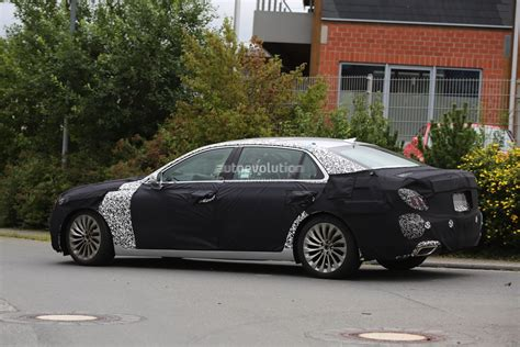 Hyundai Equus 2017 by 2017 Hyundai Equus Spied Out Testing In Germany