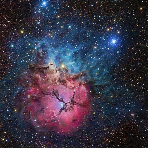 galaxy cosmic apod 2011 may 13 a beautiful trifid