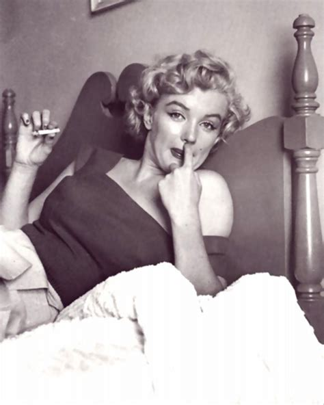marilyn monroe in bed marilyn monroe smoking in bed vintage everyday