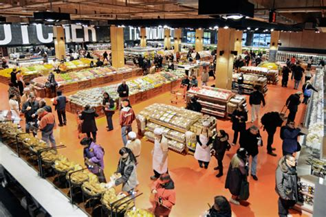maple leaf gardens loblaws and real estate the toronto new loblaws unveiled at maple leaf gardens