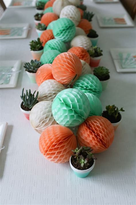 25 popular christmas table decorations on pinterest all 25 best ideas about coral decorations on pinterest