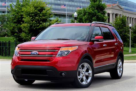 suv ford explorer carscoop 2011 ford explorer new video footage and photos