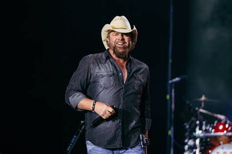 toby keith new music toby keith announces new album the bus songs sounds