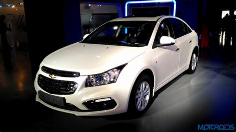 chevrolet car cruze price chevrolet india reduces the price of the 2016 cruze by rs