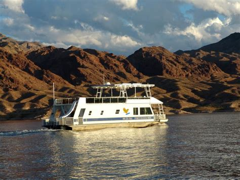 house boat rentals lake mead cruise away from the mundane and dive in to breathtaking beauty
