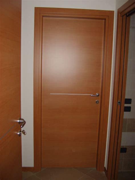 porta noce tanganica porte interne in laminato noce tanganica infix