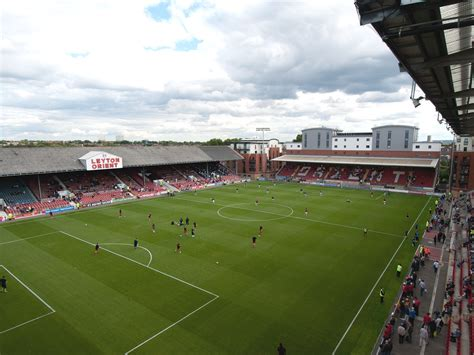 Leyton Orient Wallpaper leyton orient f c football club of the barclay s
