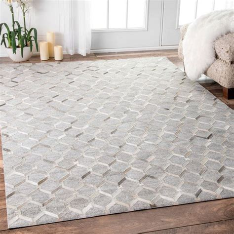 Rugs That Go With Grey by 25 Best Ideas About Grey Rugs On Room
