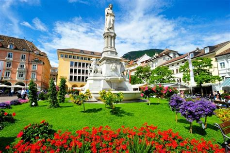 Very Beautiful In French a walk in bolzano italia slow tour
