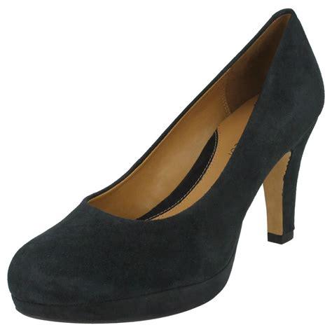 clarks anika kendra high heel softwear court shoes