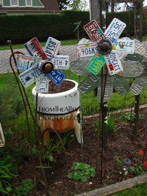 cheap backyard projects 34 easy and cheap diy art projects to dress up your garden