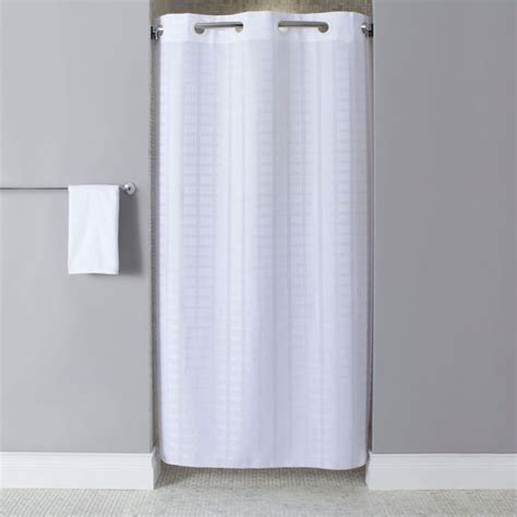 stand up shower curtains 25 best ideas about curtain length on pinterest window