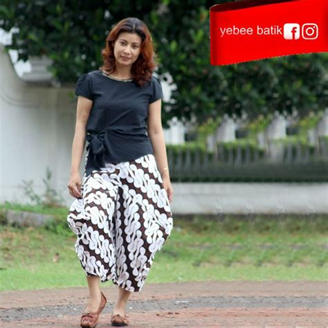 Blous Anak 52 best batik celana kulot batik images on kulot batik blouse and blouses