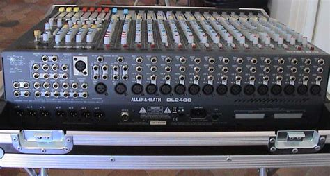 Mixer Allen Heath Gl2400 16 allen heath gl2400 16 image 235822 audiofanzine