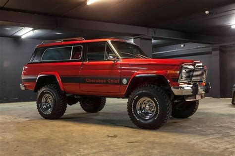 jeep chief road road 4x4 images jeep grand wagoneer jeeps