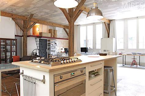 Mélange Ancien Et Moderne by Cuisine Ouverte C0201 Mires