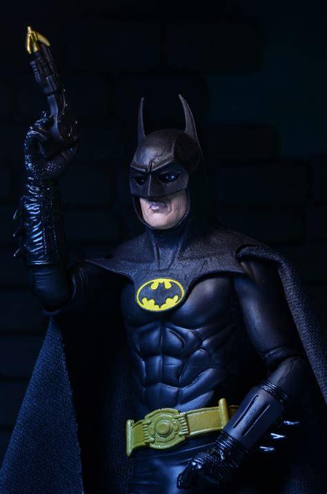 closer   anniversary  batman  promo figure