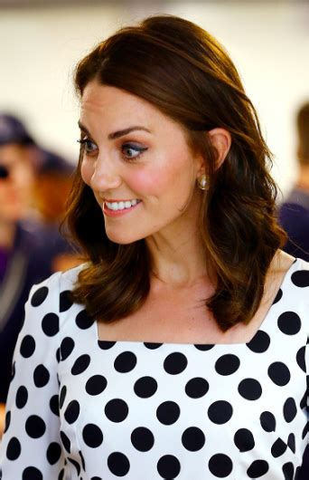 kate middletons shocking new hairstyle kate middleton shows off new hair at day one of wimbledon