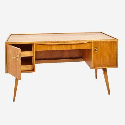 Weißer Schreibtisch Mit Glasplatte by Schreibtisch Mit Glasplatte 1950er Jahre M 246 Bel Z 252 Rich