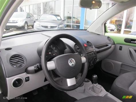2004 Volkswagen Beetle Interior by 2004 Volkswagen New Beetle Gl Coupe Interior Photo