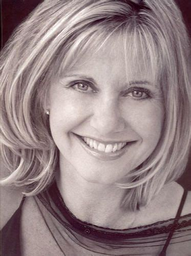 haircuts cambridge mn 17 best images about 2 olivia newton john height 5 6