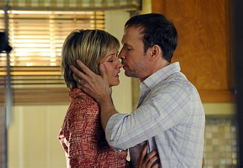 nbc blue bloods cast member amy carlson new hairstyle len cariou leaving blue bloods newhairstylesformen2014 com