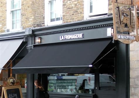 traditonal victorian shop awnings using the finest cloth