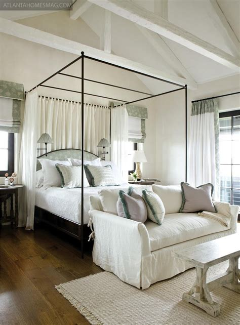 canopy bedrooms 39 dreamy ideas for bedrooms with canopy bed loombrand