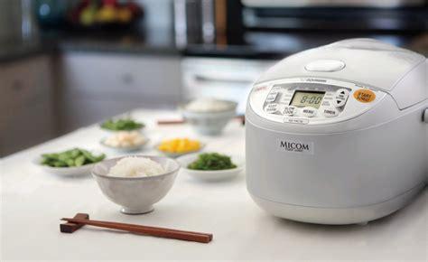 cucinare riso giapponese come cuocere il riso bianco giapponese metodi ohayo