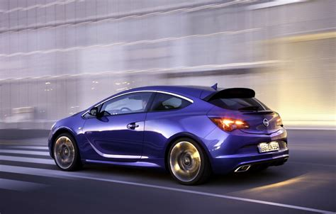 opel vauxhall opel vauxhall astra opc vxr to debut in geneva