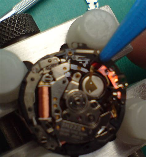replacing kinetic capacitor seiko kinetic capacitor replacement 5m42 3m22