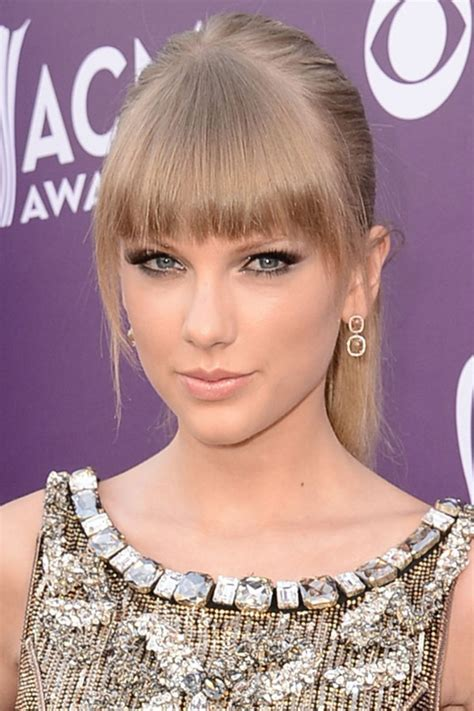 taylor swift dirty ash blonde hair color taylor swift beige blonde photo