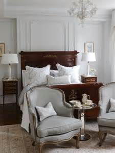 Sarah Richardson Kitchen Designs Elegant Traditional Master Bedroom Decor So Into Decorating