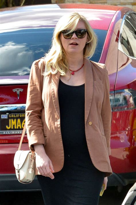 Kirsten Dunst Needs A Better Stylist by Kirsten Dunst At The Hair Salon In West