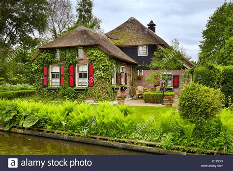 buy a house in holland giethoorn village holland netherlands stock photo royalty free image 69941371 alamy