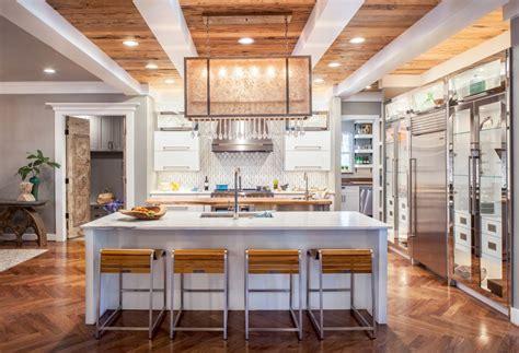 glamorous kitchen spotlights contrasts kitchen bath