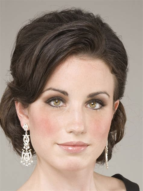 hairstyles for medium length hair pin up 20 medium length wedding hairstyles ideas mid length