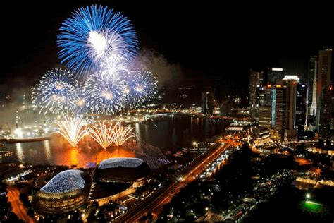 new year fireworks marina bay savor the sparkling and singapore new year