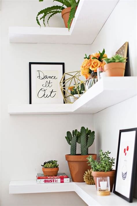 Decorating Ideas To Fill A Corner 25 Best Ideas About Floating Corner Shelves On