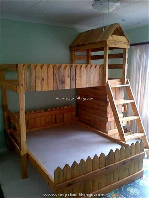 kids pallet bed pallet toddler bed plans recycled things