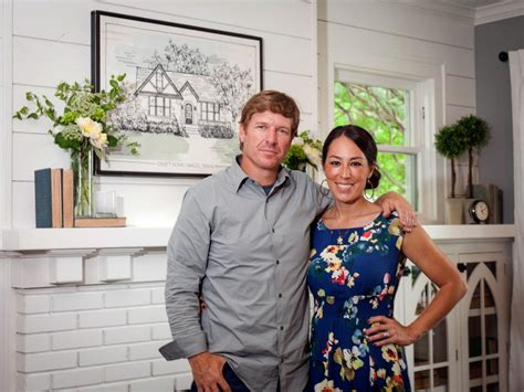contact joanna gaines chip and joanna gaines the 1 thing the fixer upper