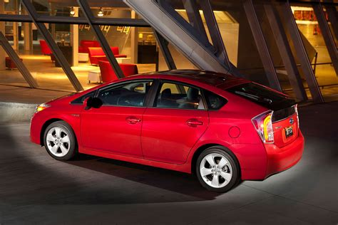 Toyota Prius All Wheel Drive 2016 Toyota Prius To Offer Awd Lithium Ion Battery News