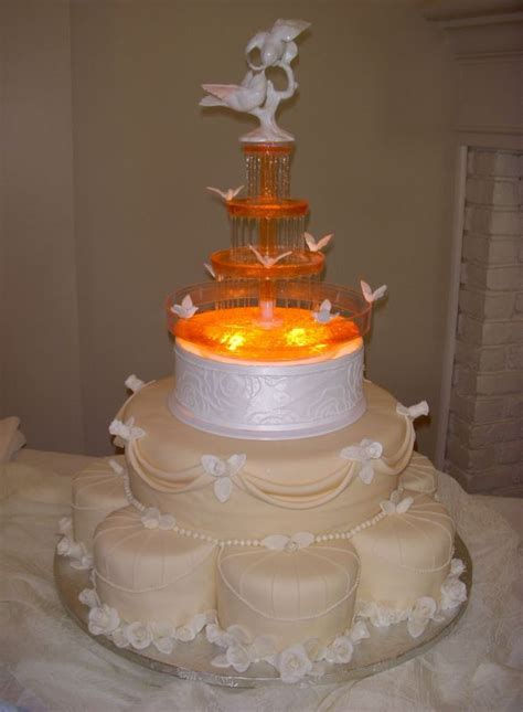 Wedding Cakes With Fountains by Wedding Cake With Fountains Wedding Cakes