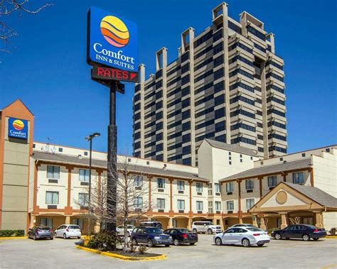 comfort inn and suites dallas tx comfort inn suites love field dallas market center