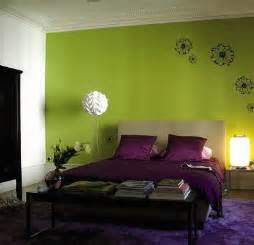 Green wall paint the modern home decor interior green color painting