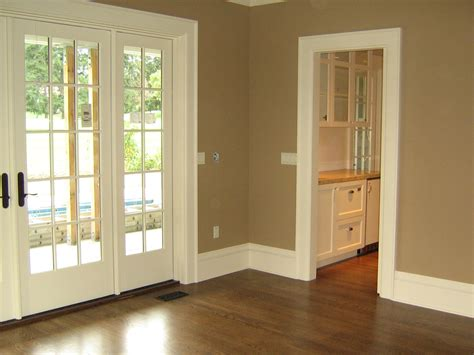 Interior Painter by Seattle Painting Company Green Lake Painting